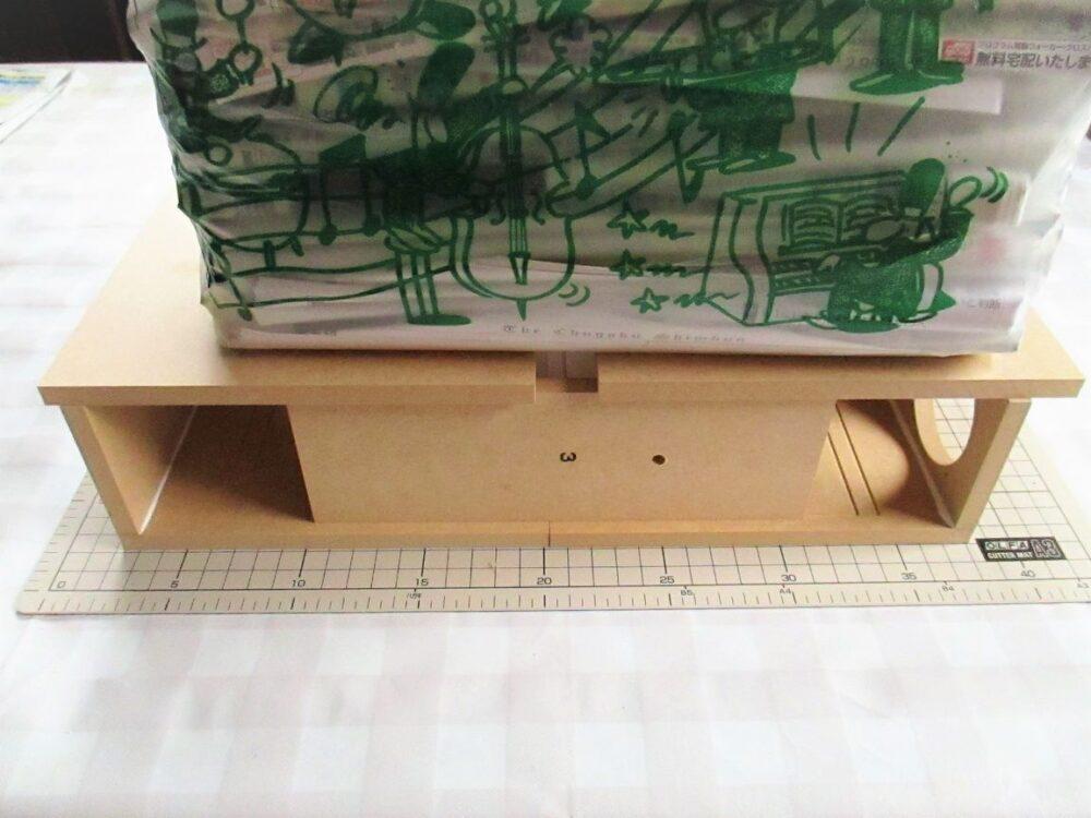 側板に前板を接着 その3