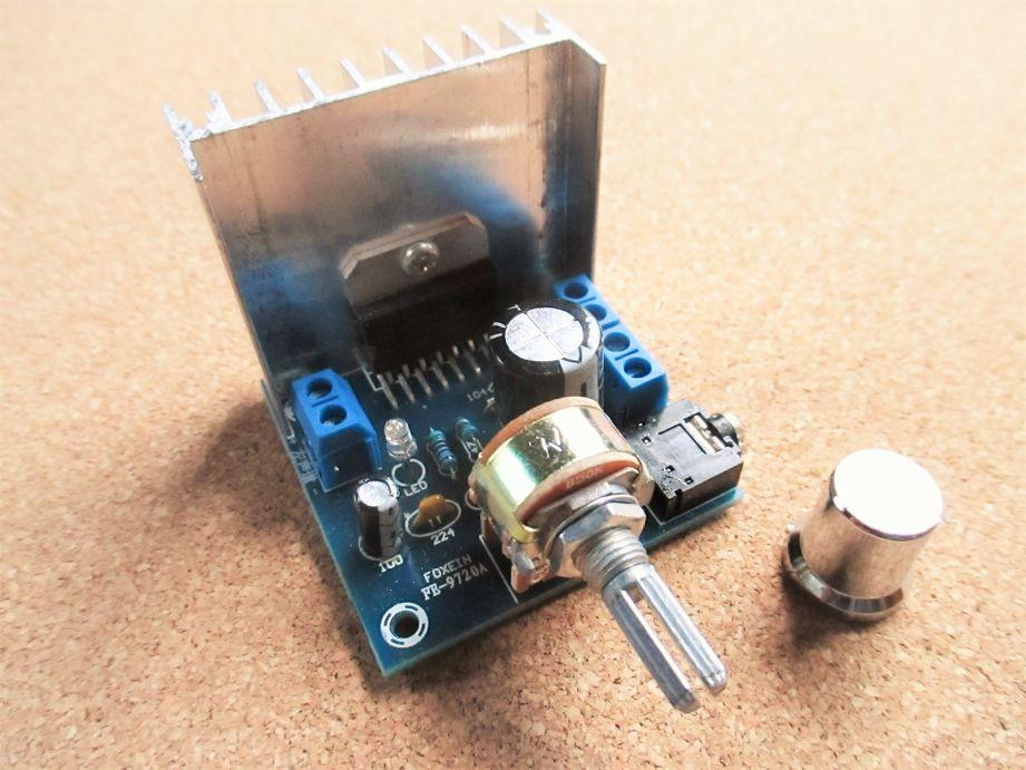 TDA7297 AC/ DC 12V 2*15W デジタル中華アンプ