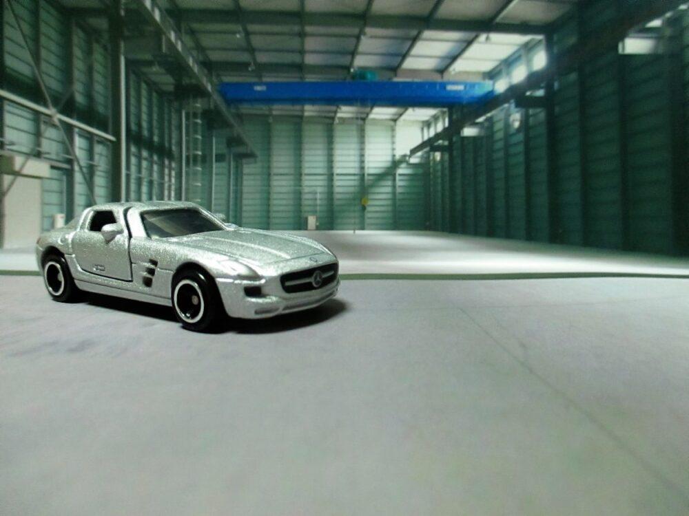 トミカ №091 メルセデスベンツ SLS AMG